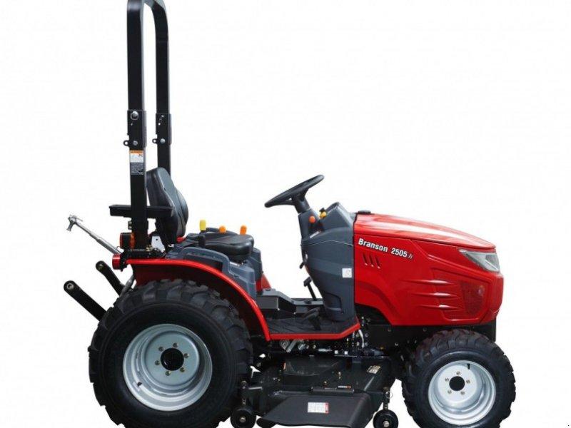 Traktor typu Branson 2505H, Gebrauchtmaschine w Mijdrecht (Zdjęcie 1)