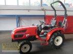 Traktor типа Branson 2900H в Much