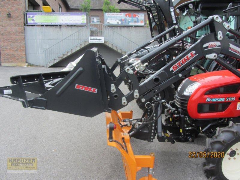 Traktor des Typs Branson 3100, Gebrauchtmaschine in Much (Bild 4)