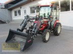 Traktor des Typs Branson 3100 in Much