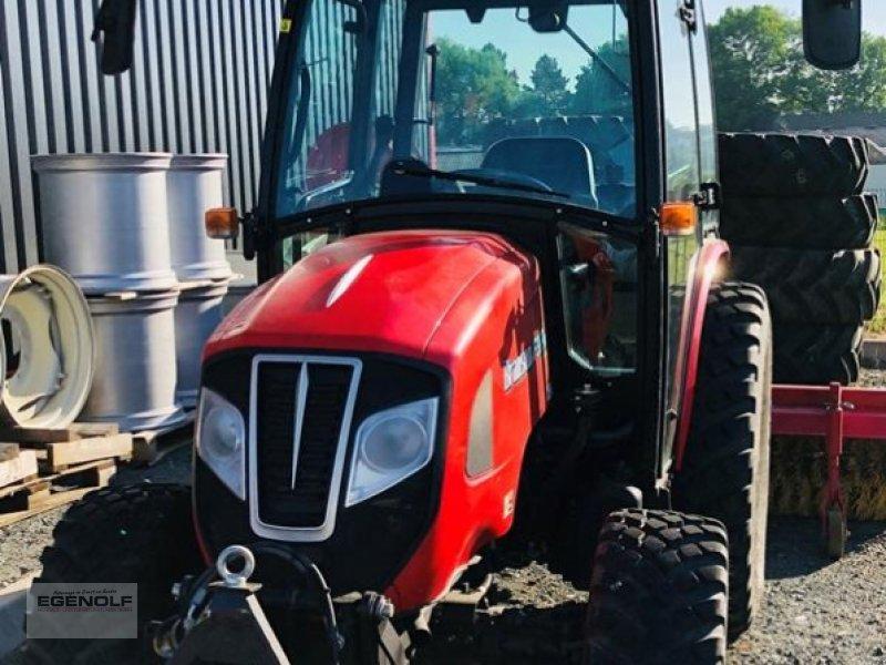 Traktor типа Branson F36RN mit Fronthydraulik Miete ab 8,90   / Betriebsstunde, Gebrauchtmaschine в Beselich-Obertiefenb (Фотография 1)