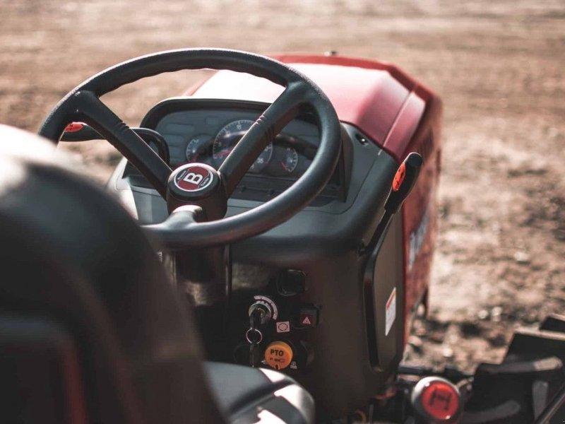 Traktor типа Branson F47H, Gebrauchtmaschine в Mijdrecht (Фотография 6)