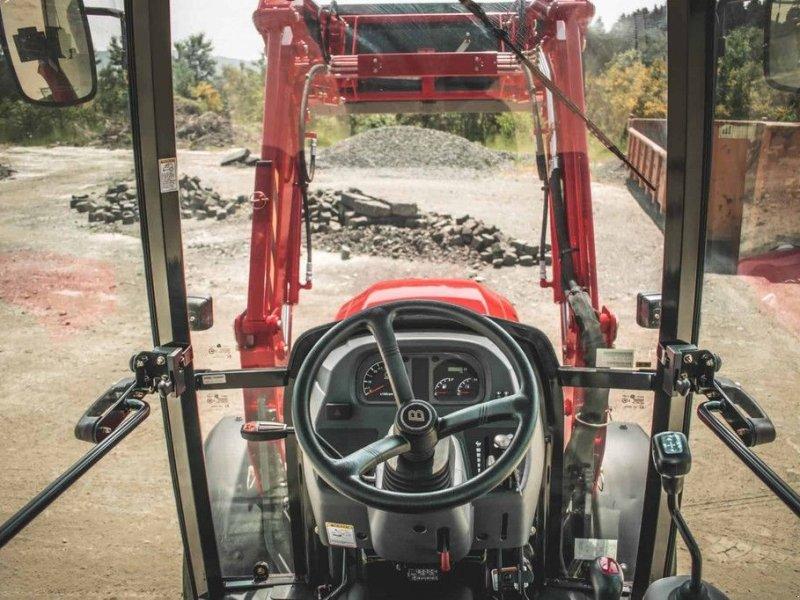 Traktor типа Branson F47H, Gebrauchtmaschine в Mijdrecht (Фотография 10)