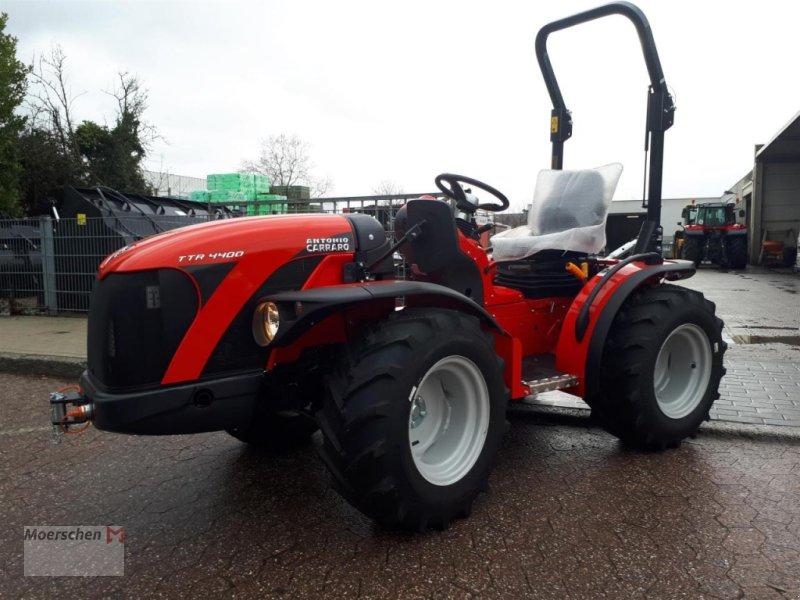 Traktor des Typs Carraro TTR 4400-II/Bügel, Neumaschine in Tönisvorst (Bild 1)