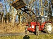 Case IH 1055 Traktor