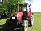 Traktor des Typs Case IH 3220 A in Weilburg