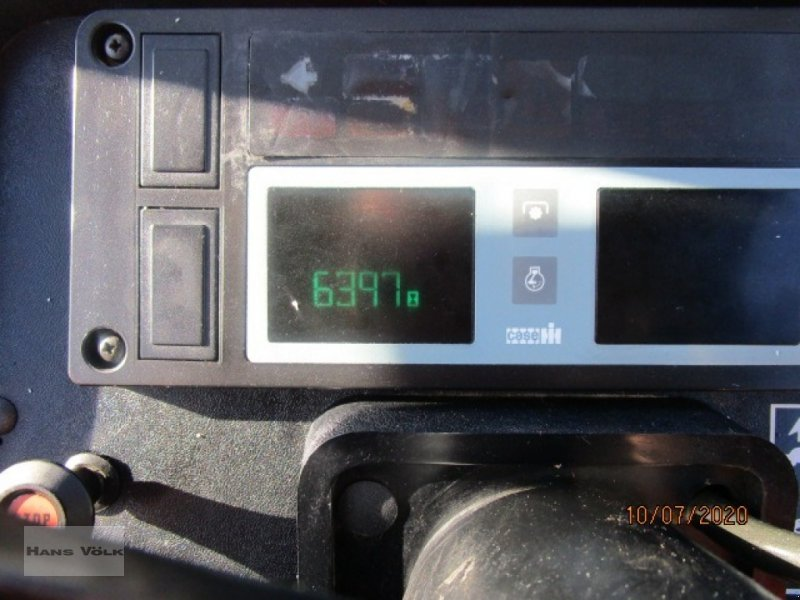 Traktor des Typs Case IH 4210 A, Gebrauchtmaschine in Soyen (Bild 5)