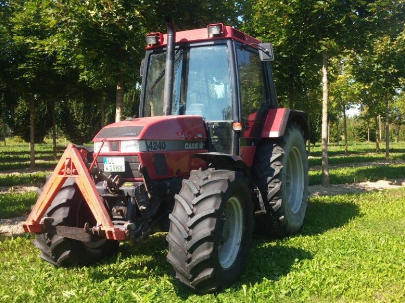 Traktor des Typs Case IH 4240 A, Gebrauchtmaschine in Landsberg am Lech (Bild 1)