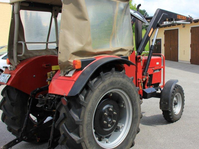 Traktor des Typs Case IH 433, Gebrauchtmaschine in Rechtmehring (Bild 2)