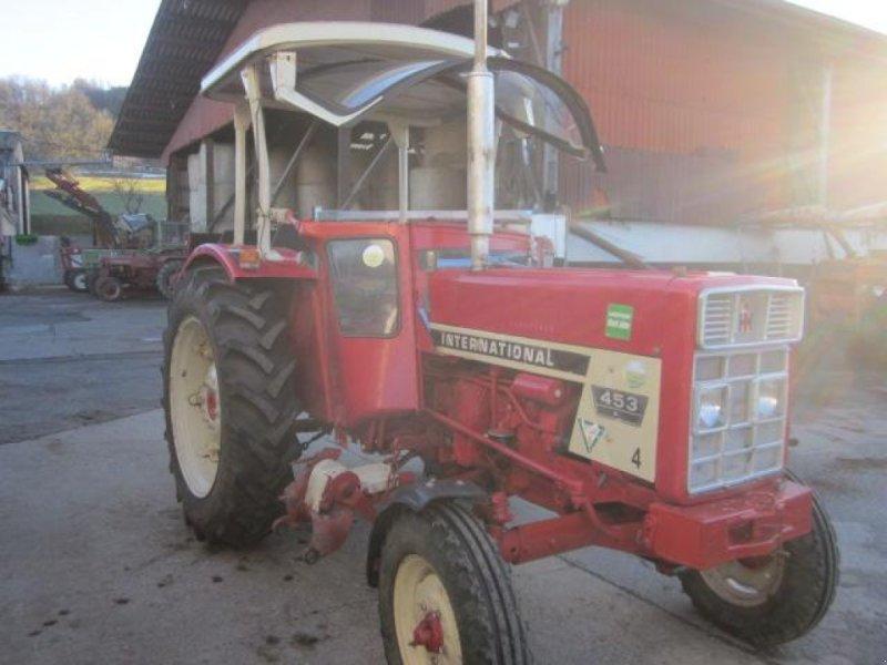 Traktor des Typs Case IH 453, Gebrauchtmaschine in Ziegenhagen (Bild 1)