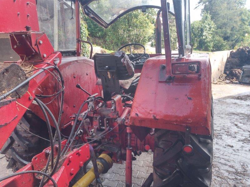 Traktor des Typs Case IH 554 A, Gebrauchtmaschine in Dieterskirchen (Bild 1)