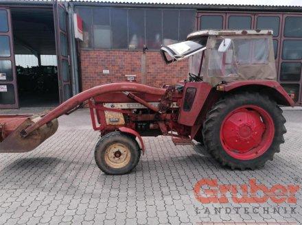 Traktor des Typs Case IH 554 S, Gebrauchtmaschine in Ampfing (Bild 3)