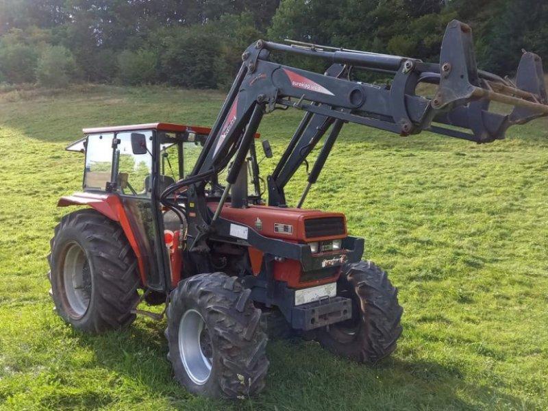 Traktor des Typs Case IH 585 XLA, Gebrauchtmaschine in Villach (Bild 1)