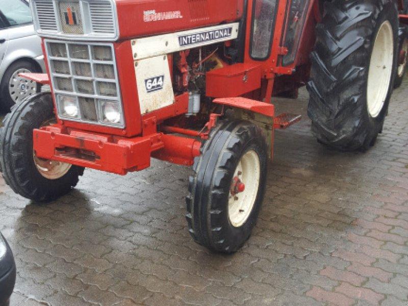 Traktor des Typs Case IH 644 HR, Gebrauchtmaschine in Schwalbach (Bild 1)