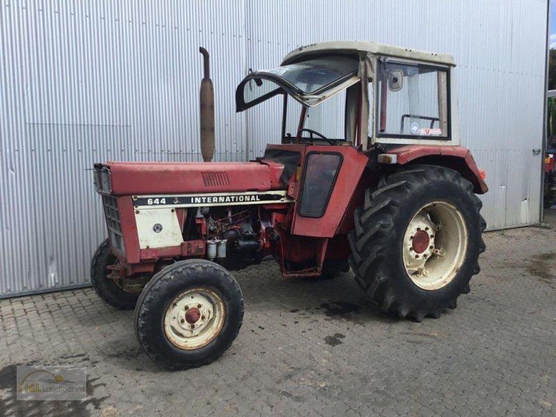 Traktor des Typs Case IH 644 S, Gebrauchtmaschine in Pfreimd (Bild 1)