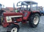 Traktor des Typs Case IH 644 in Rohr