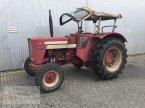 Traktor des Typs Case IH 654 in Pfreimd