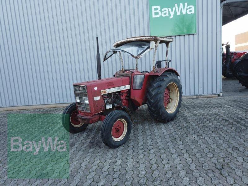 Traktor des Typs Case IH 724, Gebrauchtmaschine in Manching (Bild 1)