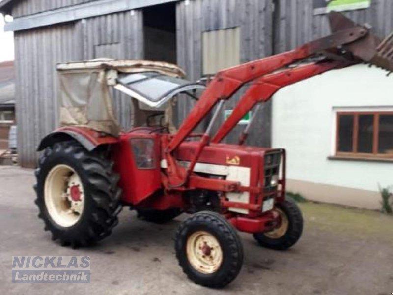 Traktor des Typs Case IH 724, Gebrauchtmaschine in Schirradorf (Bild 1)