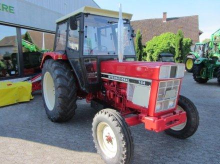 Traktor типа Case IH 744 S, Gebrauchtmaschine в Achern (Фотография 1)