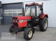 Case IH 745 XL Traktor