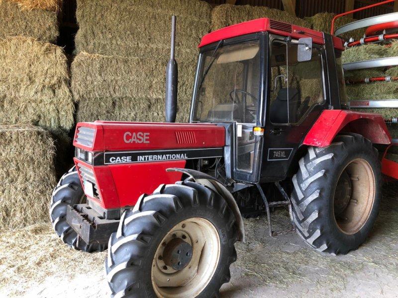 Traktor des Typs Case IH 745 XL, Gebrauchtmaschine in Donaueschingen (Bild 2)