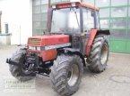 Traktor des Typs Case IH 833 A in Unterneukirchen