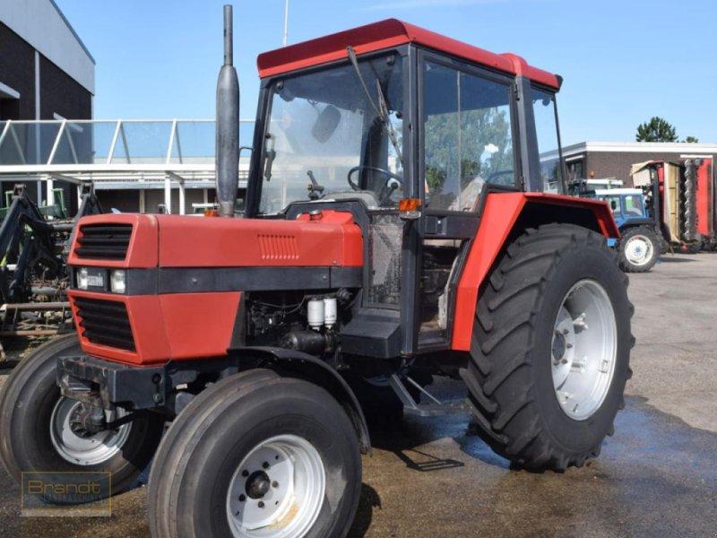 Traktor des Typs Case IH 833 S, Gebrauchtmaschine in Bremen (Bild 1)