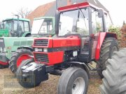 Case IH 833 Трактор
