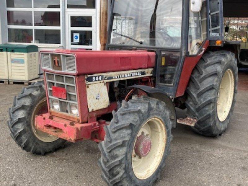 Traktor tip Case IH 844 A, Gebrauchtmaschine in Ostrach (Poză 1)