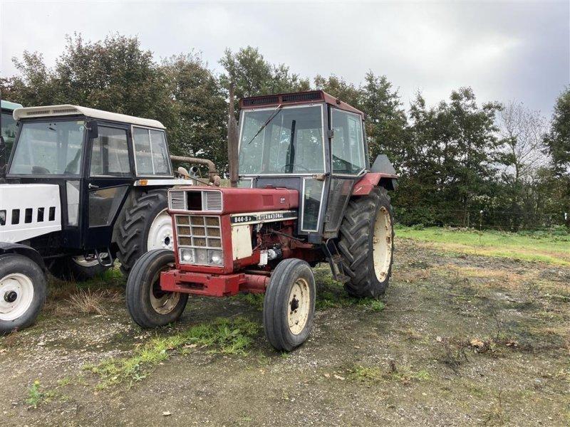 Traktor tip Case IH 844-S, Gebrauchtmaschine in Give (Poză 1)