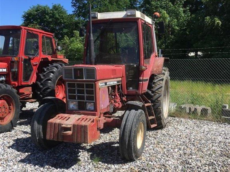 Traktor des Typs Case IH 844  XL, Gebrauchtmaschine in Odense SV (Bild 1)