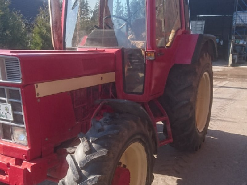 Traktor des Typs Case IH 844, Gebrauchtmaschine in Frankenhardt (Bild 1)