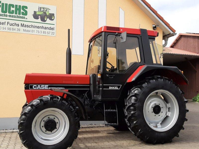 Traktor des Typs Case IH 844XL International mit original 1771 Bstd., Gebrauchtmaschine in Laaber (Bild 1)