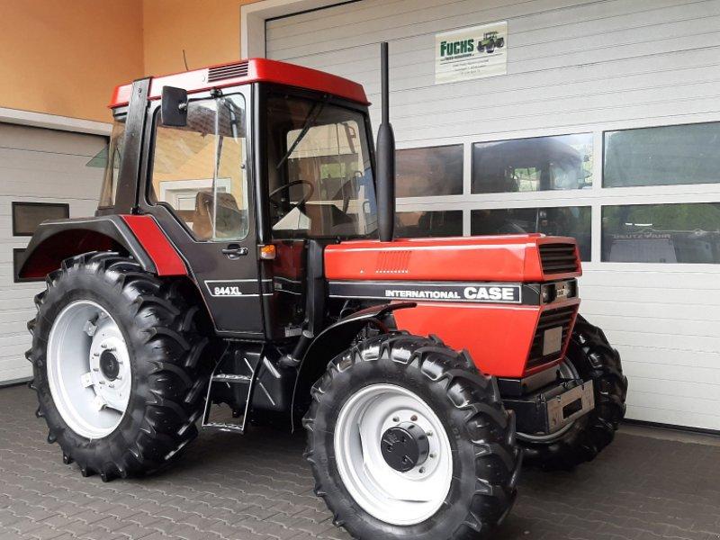 Traktor des Typs Case IH 844XL International mit original 1771 Bstd., Gebrauchtmaschine in Laaber (Bild 2)