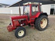 Case IH 844XL Traktor