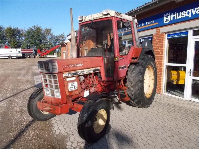 Traktor tip Case IH 844XL, Gebrauchtmaschine in Roslev (Poză 1)