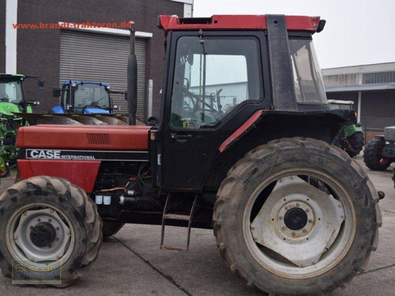 Traktor des Typs Case IH 856 XL, Gebrauchtmaschine in Bremen (Bild 1)