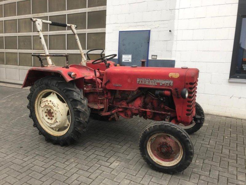 Traktor des Typs Case IH D-324, Gebrauchtmaschine in Gießen (Bild 2)