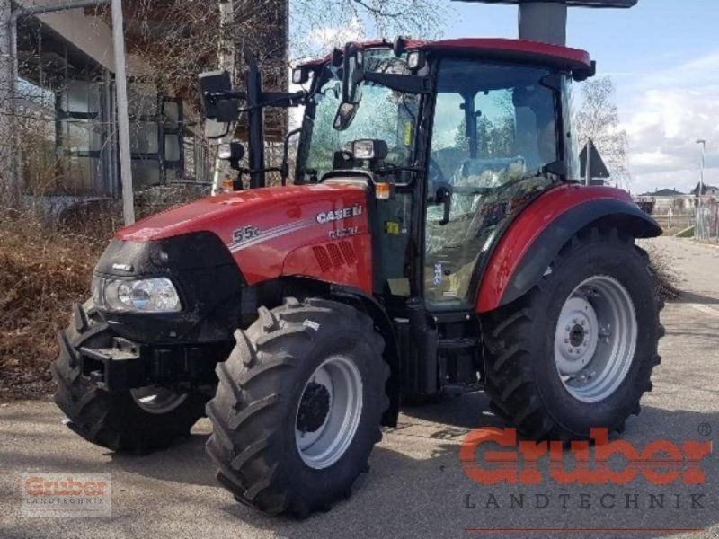 Traktor of the type Case IH Farmall 55 C, Neumaschine in Ampfing (Picture 1)