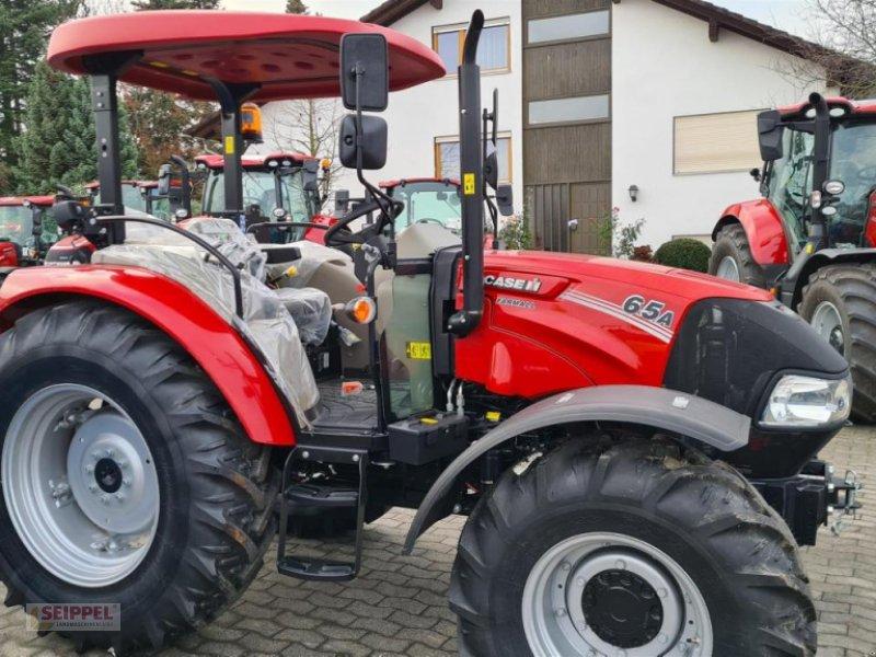 Traktor des Typs Case IH FARMALL 65 A ROPS, Neumaschine in Groß-Umstadt (Bild 1)