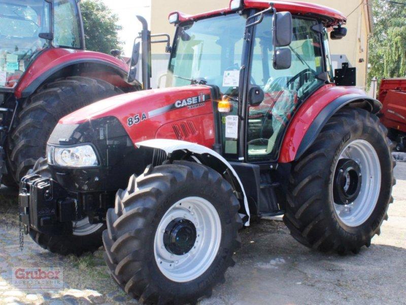 Traktor des Typs Case IH Farmall 85 A, Neumaschine in Leipzig OT Engelsdorf (Bild 1)