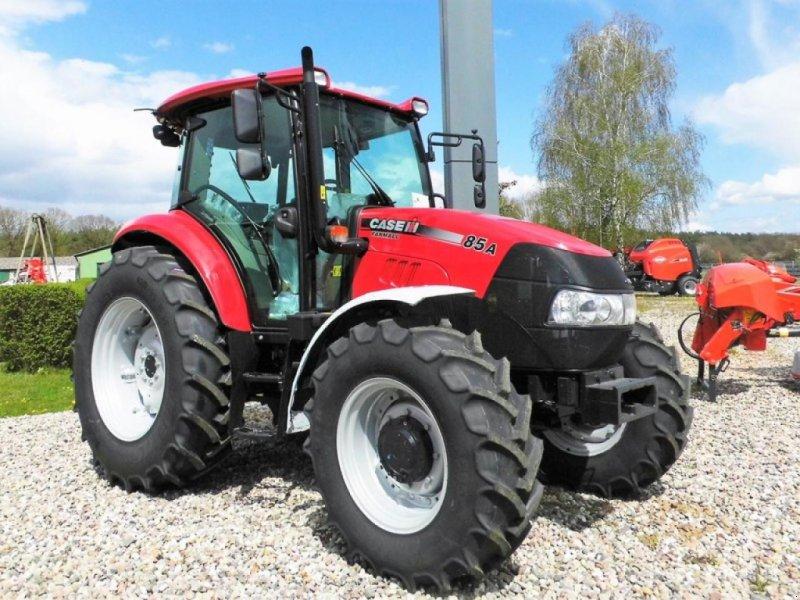 Traktor des Typs Case IH FARMALL 85A, Neumaschine in Radelübbe (Bild 1)