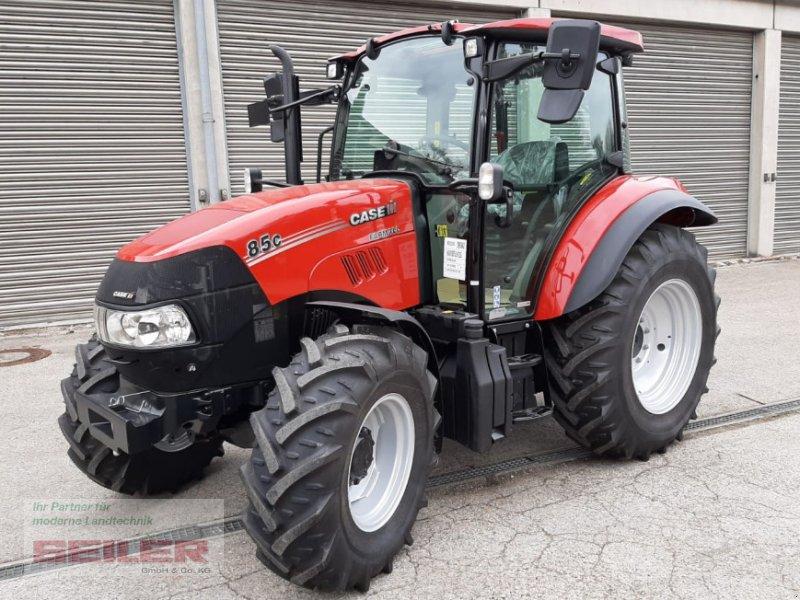 Traktor des Typs Case IH Farmall 85C, Neumaschine in Ansbach (Bild 1)