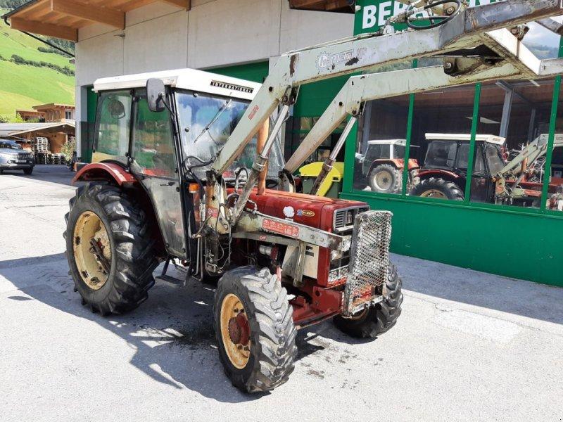Traktor des Typs Case IH IH 633 A, Gebrauchtmaschine in Bramberg (Bild 1)