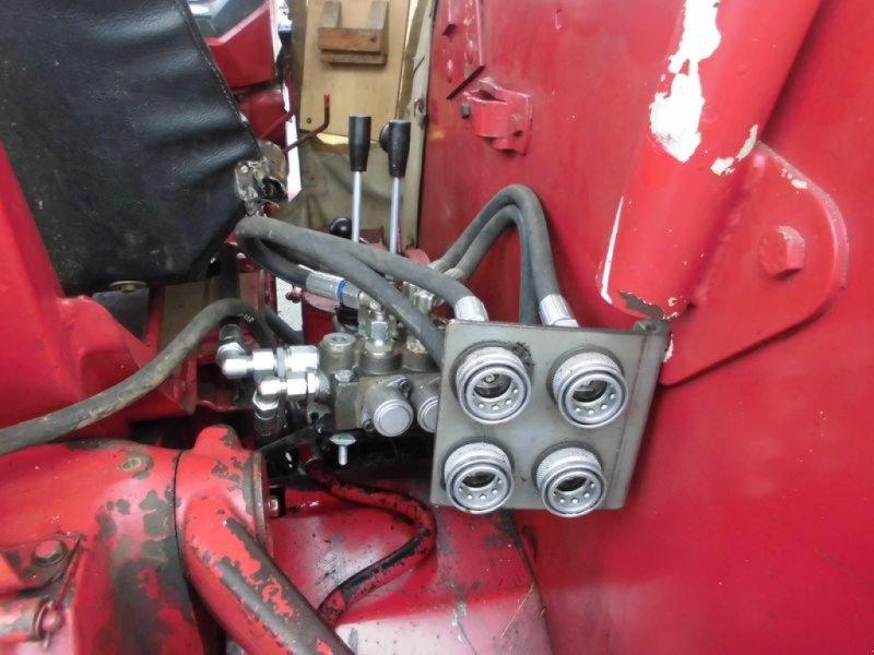 Traktor des Typs Case IH IHC 624, Gebrauchtmaschine in Cham (Bild 16)