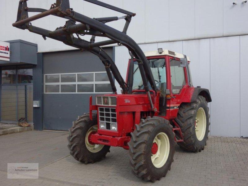 Traktor des Typs Case IH IHC 856 XL Allrad Frontlader, Gebrauchtmaschine in Borken (Bild 1)