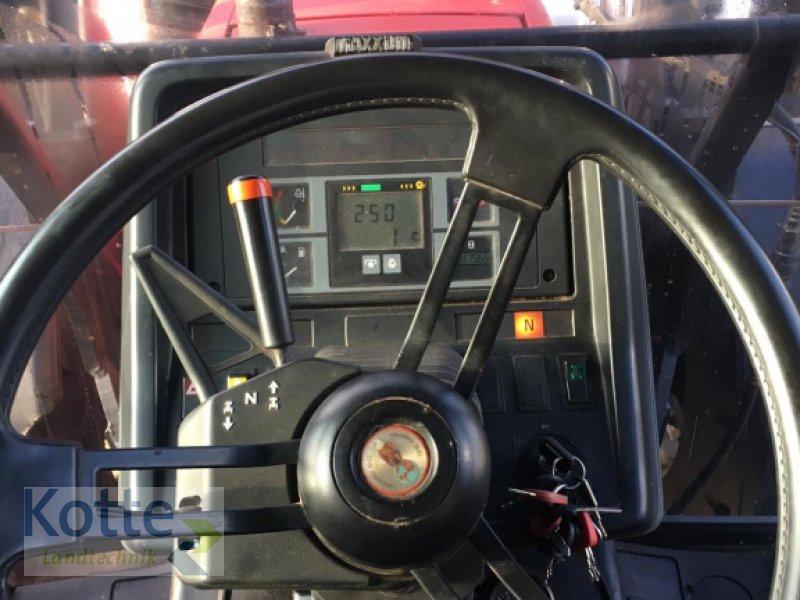 Traktor des Typs Case IH Maxxum 5130 AV, Gebrauchtmaschine in Rieste (Bild 5)