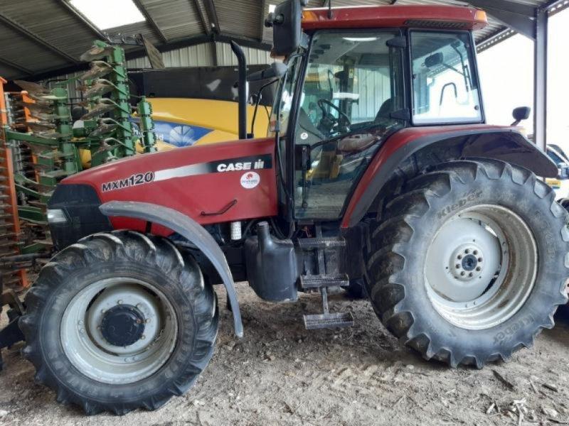 Traktor typu Case IH MXM120, Gebrauchtmaschine w ANTIGNY (Zdjęcie 1)
