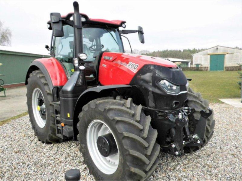 Traktor of the type Case IH OPTUM 300 CVX, Neumaschine in Vehlow (Picture 1)